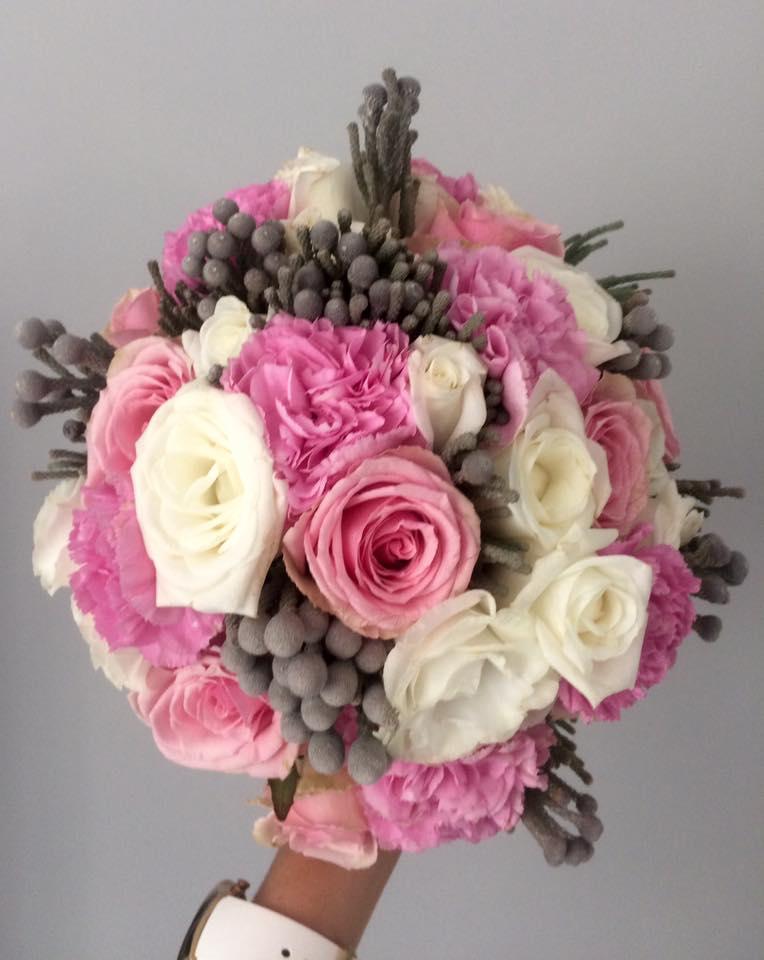 róża, goździk brunia