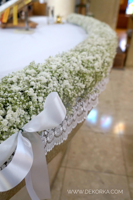 dekoracje koscioła gipsówka wesele
